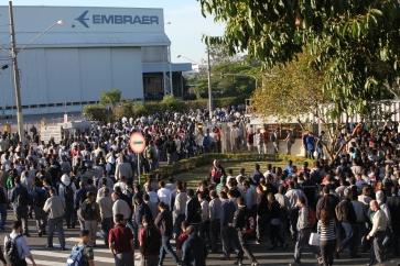 2014-09-24 - Embraer - Campanha salarial - Tanda Melo (72)